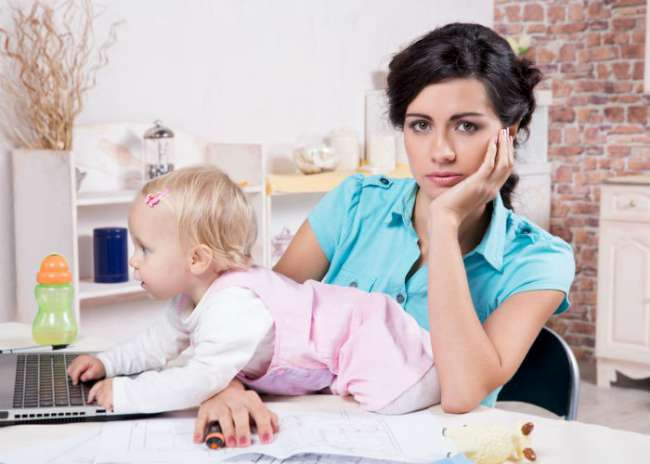 10 problems that affect working mothers