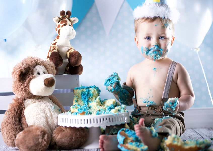 15 pictures of the cake smash!